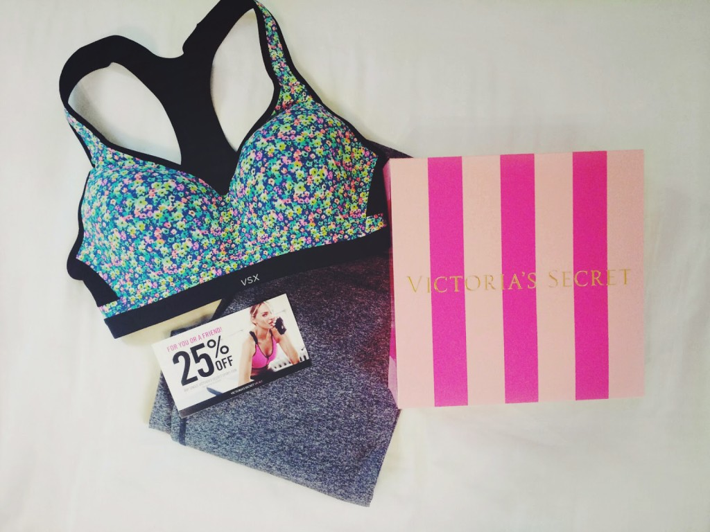 #VSSportTester, #VSSportBra, Incredible by Victoria's Secret Sport Bra, Incredible by Victoria's Secret Sport Bra Influenster, Incredible by Victoria's Secret Sport Bra review, VS Sport VoxBox, Influenster VS Sport VoxBox, VS Sport VoxBox Influenster