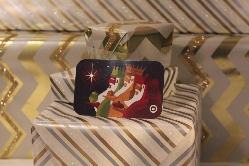 DIY Mason jar, DIY Mason jar crafts, DIY Mason Jar Snow Globes, DIY Snow Globes, Gift Cards, Target Gift Card, #GiftCardCheer #TargetHolidayGiftCard