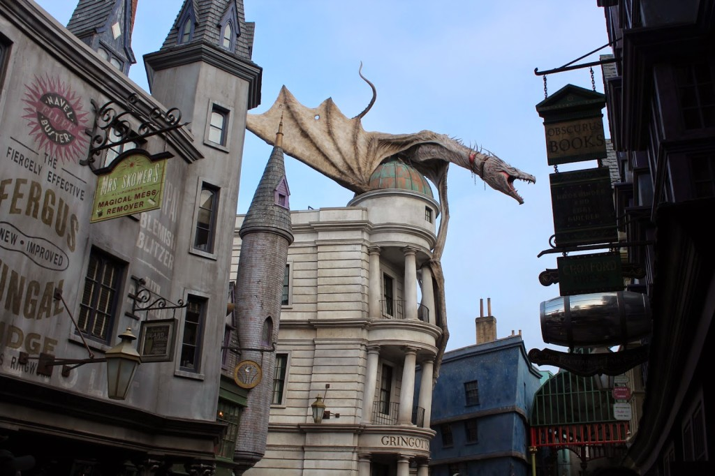 Wizarding World of Harry Potter Dragon