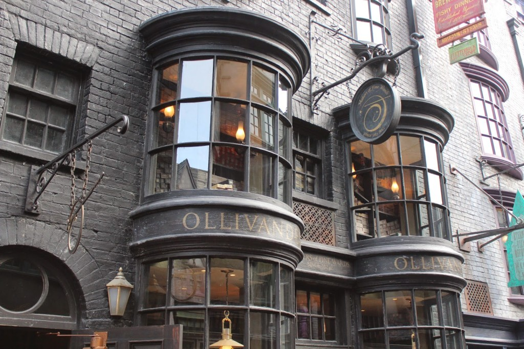 Wizarding World of Harry Potter Ollivanders Wand Shop