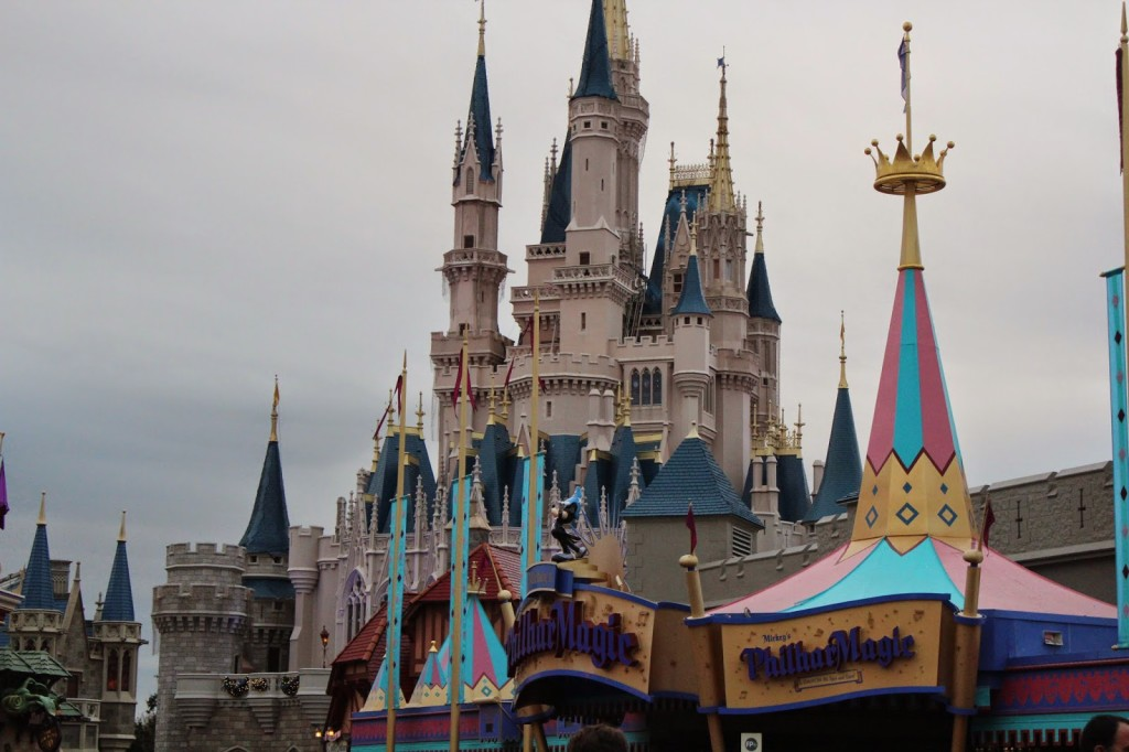 Disney World Magic Kingdom Christmas Castle