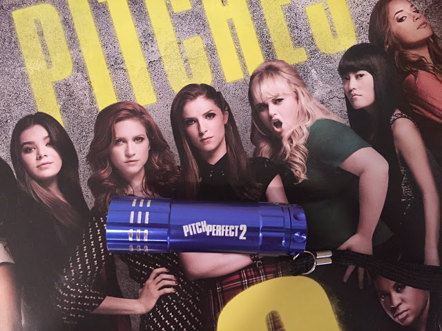 Pitch-Perfect-2-Flashlight_-Flashlight-Ptich-Perfect-2_Pitch-Perfect-Film-Review