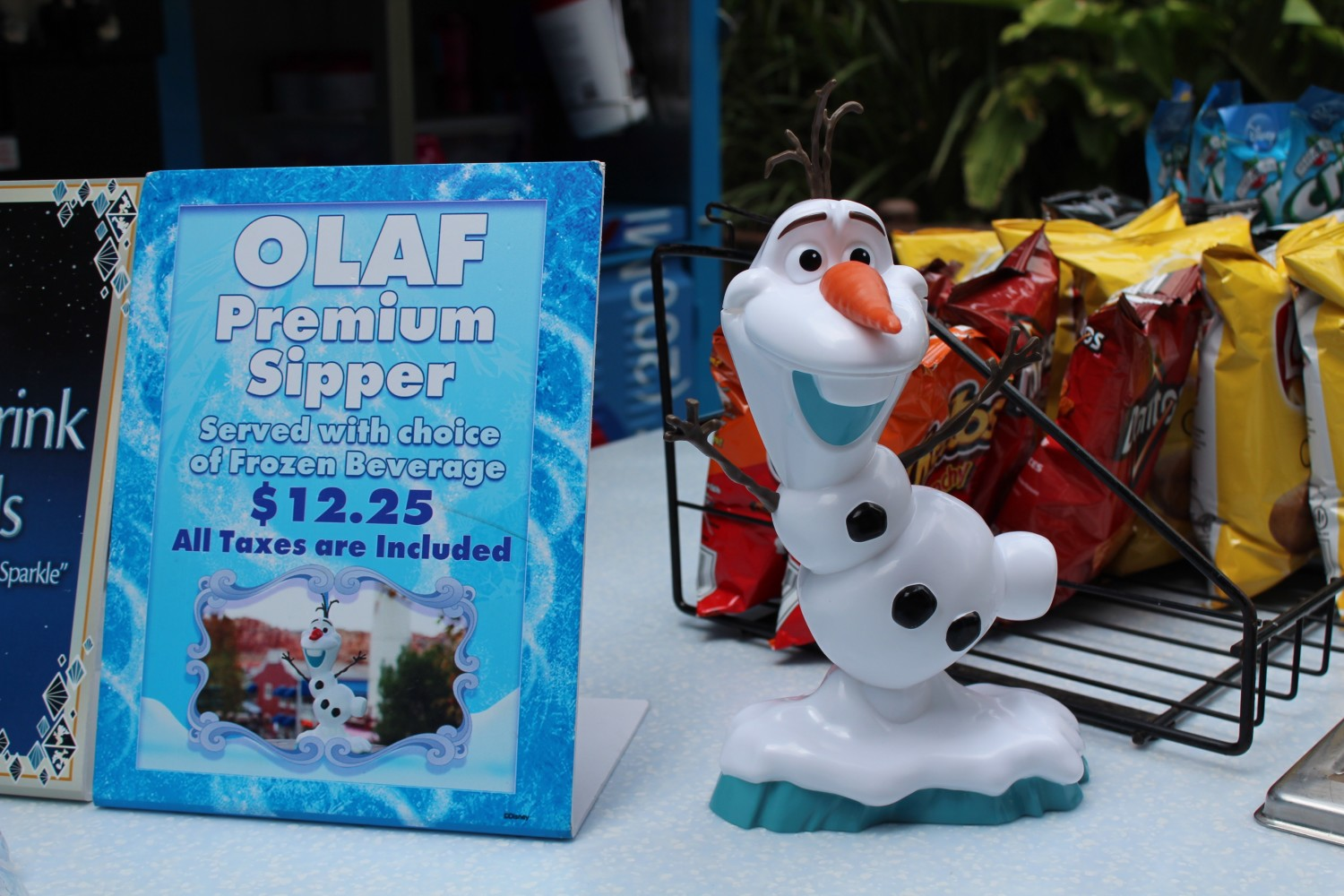 California Adventure Disneyland Olaf Premuim Sipper Cup