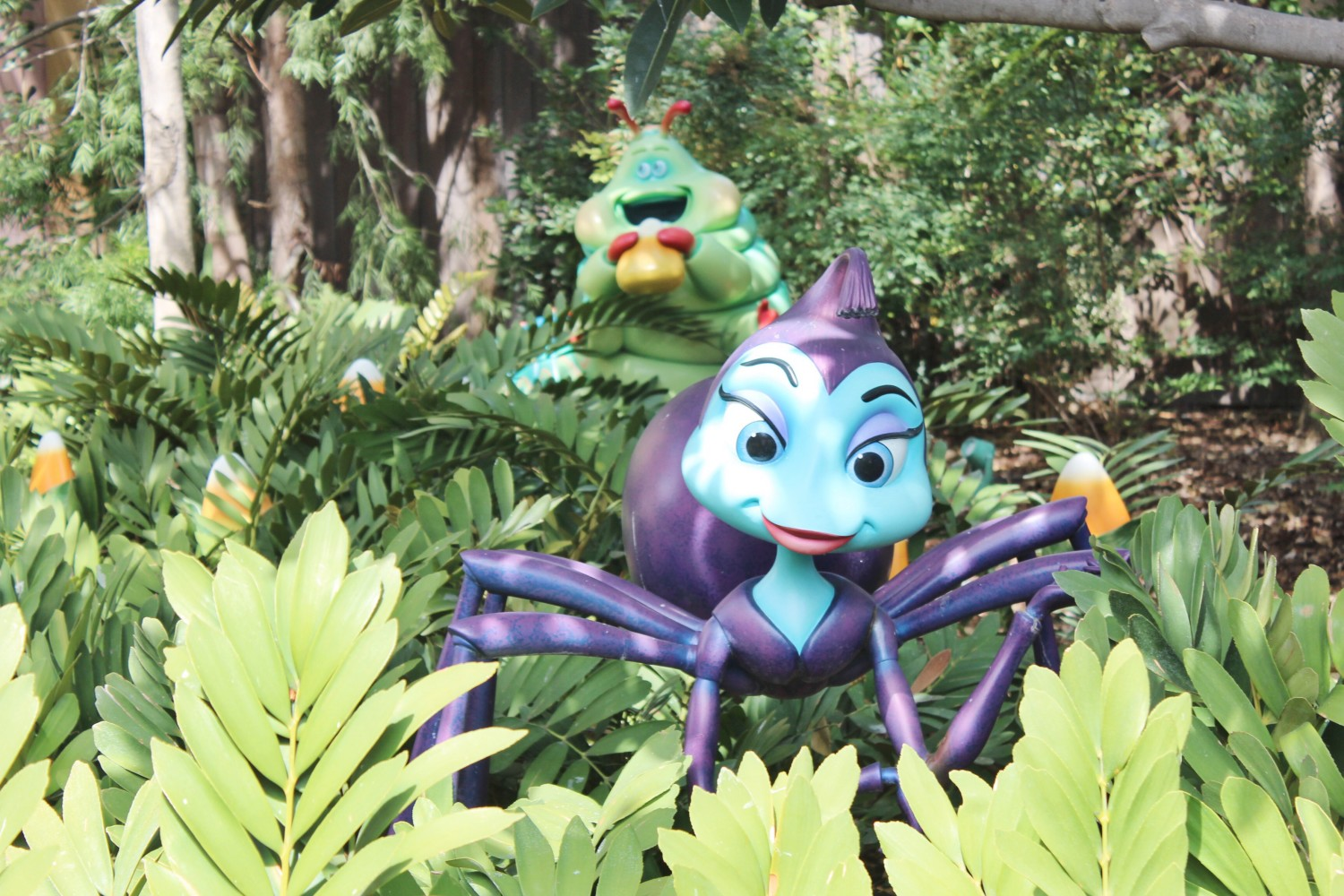 Disney California Adventure A bug's life Rosie Heimlich