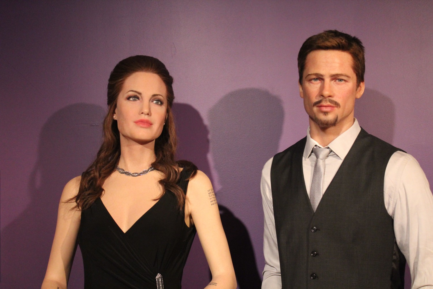 Angelina Brad Pitt Wax Figures