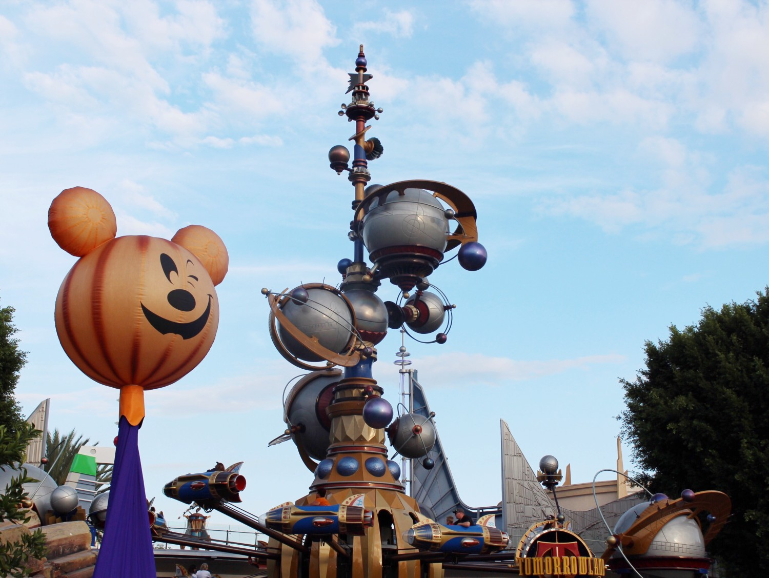 Disneyland Tomorrowland Halloween