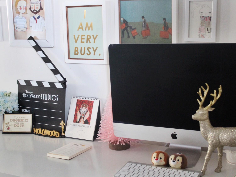 Cute Christmas Office Decor
