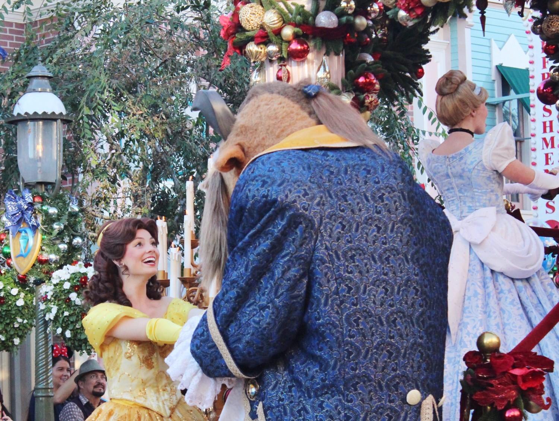 Disneyland A Christmas Fantasy Parade Beauty & the Beast