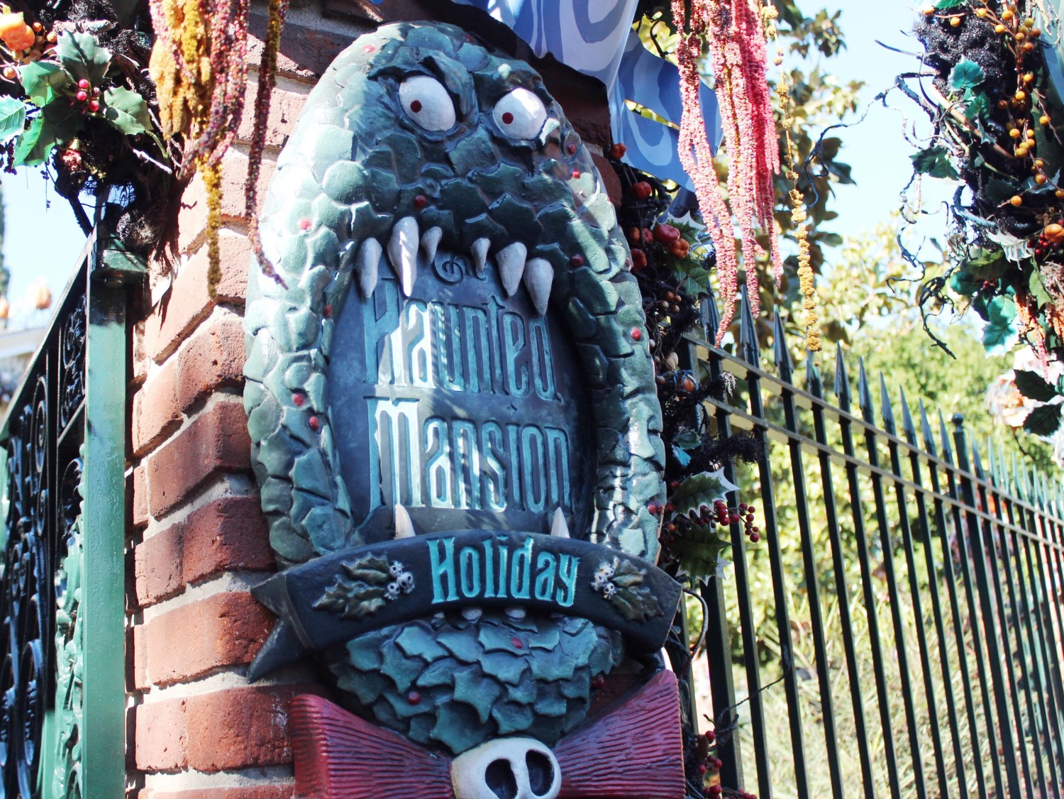 Disneyland Haunted Mansion Holiday Sign