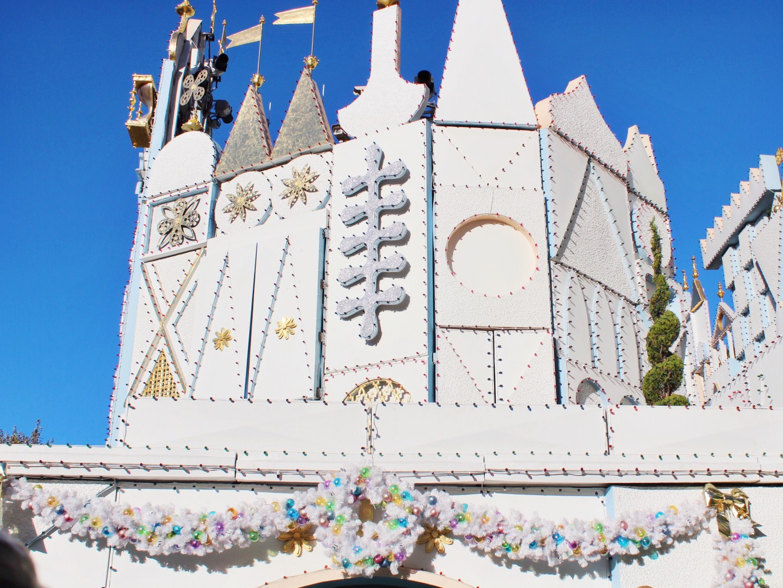 Disneyland It's A Small World Holiday Ride