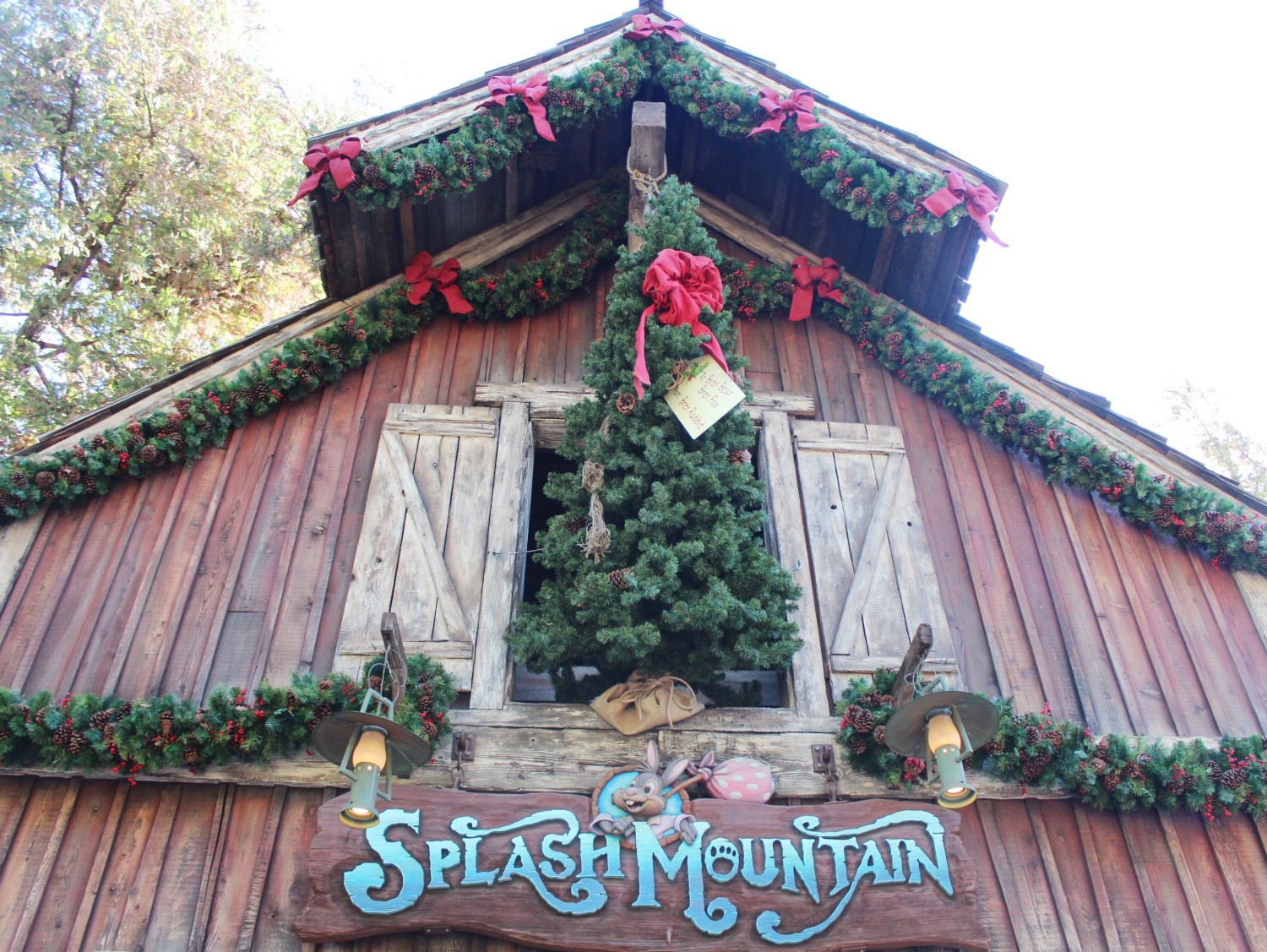 Disneyland Splash Mountain In December