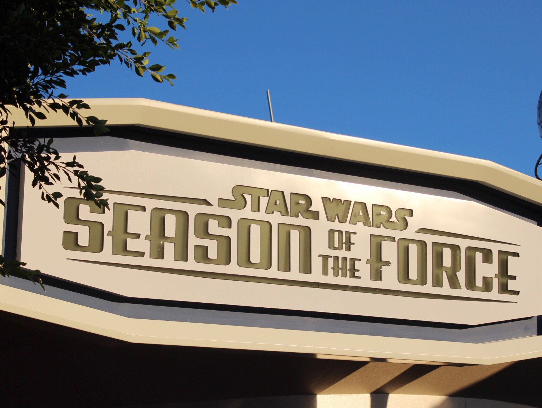 Disneyland Star Wars Season of The Force