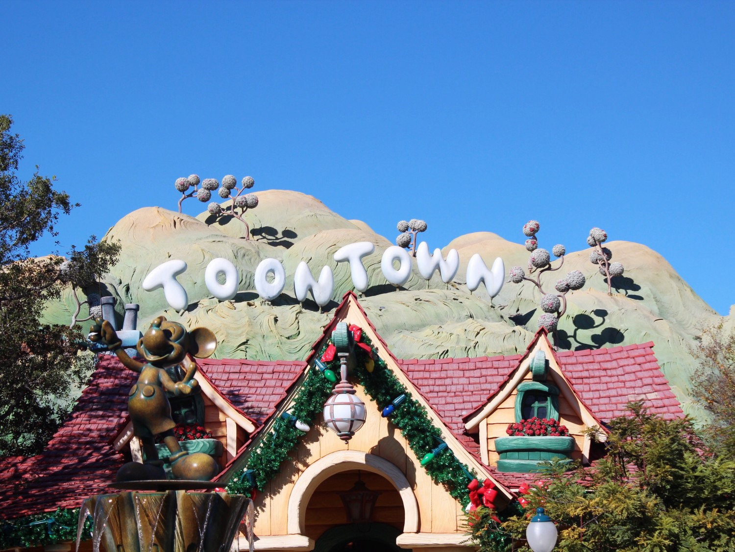 Disneyland Toontown During the Holidays