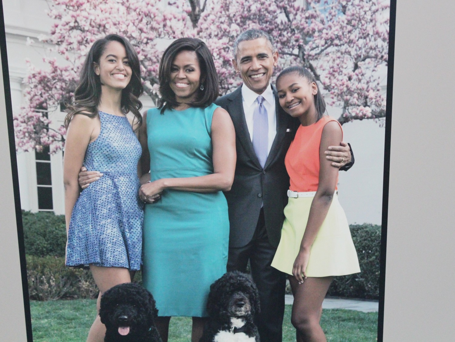 Newseum Obama Family Photo