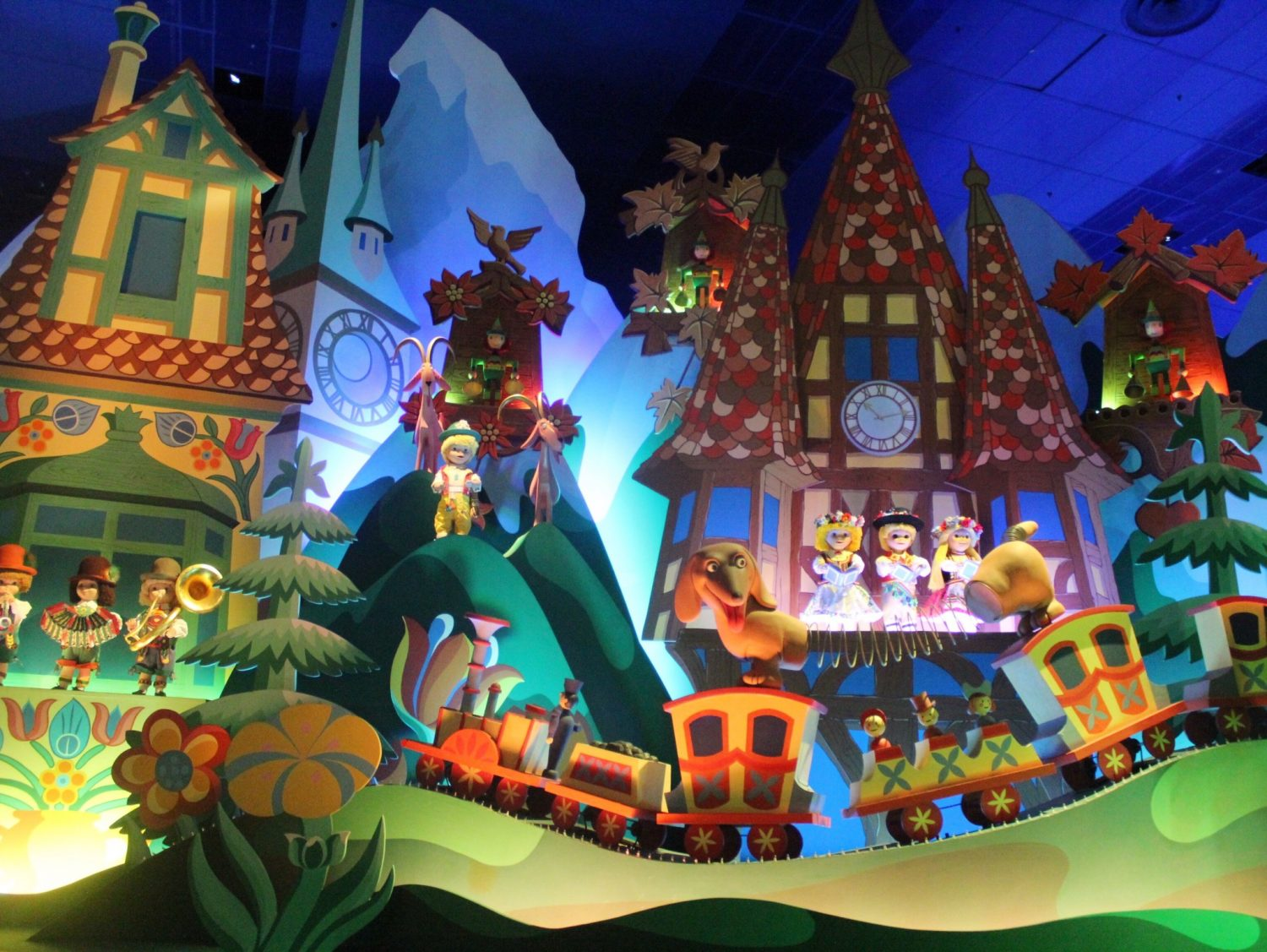 its a small world disneyland   imgkid     the image