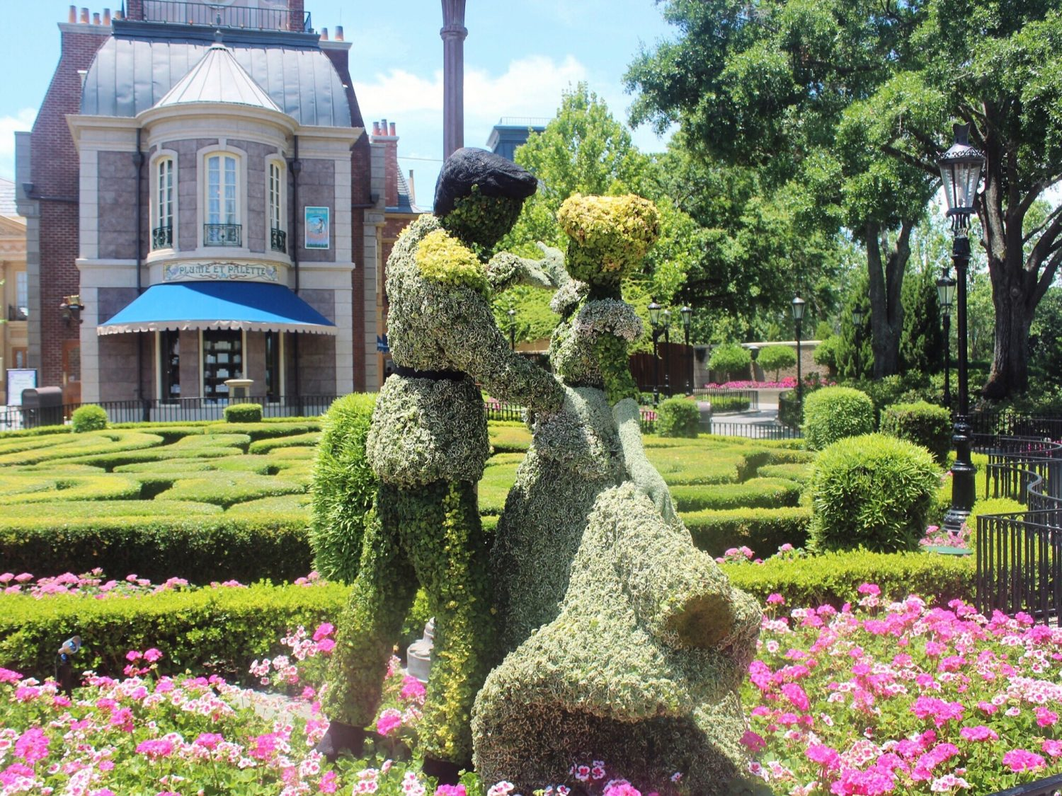Epcot International Flower and Garden Festival Cinderella