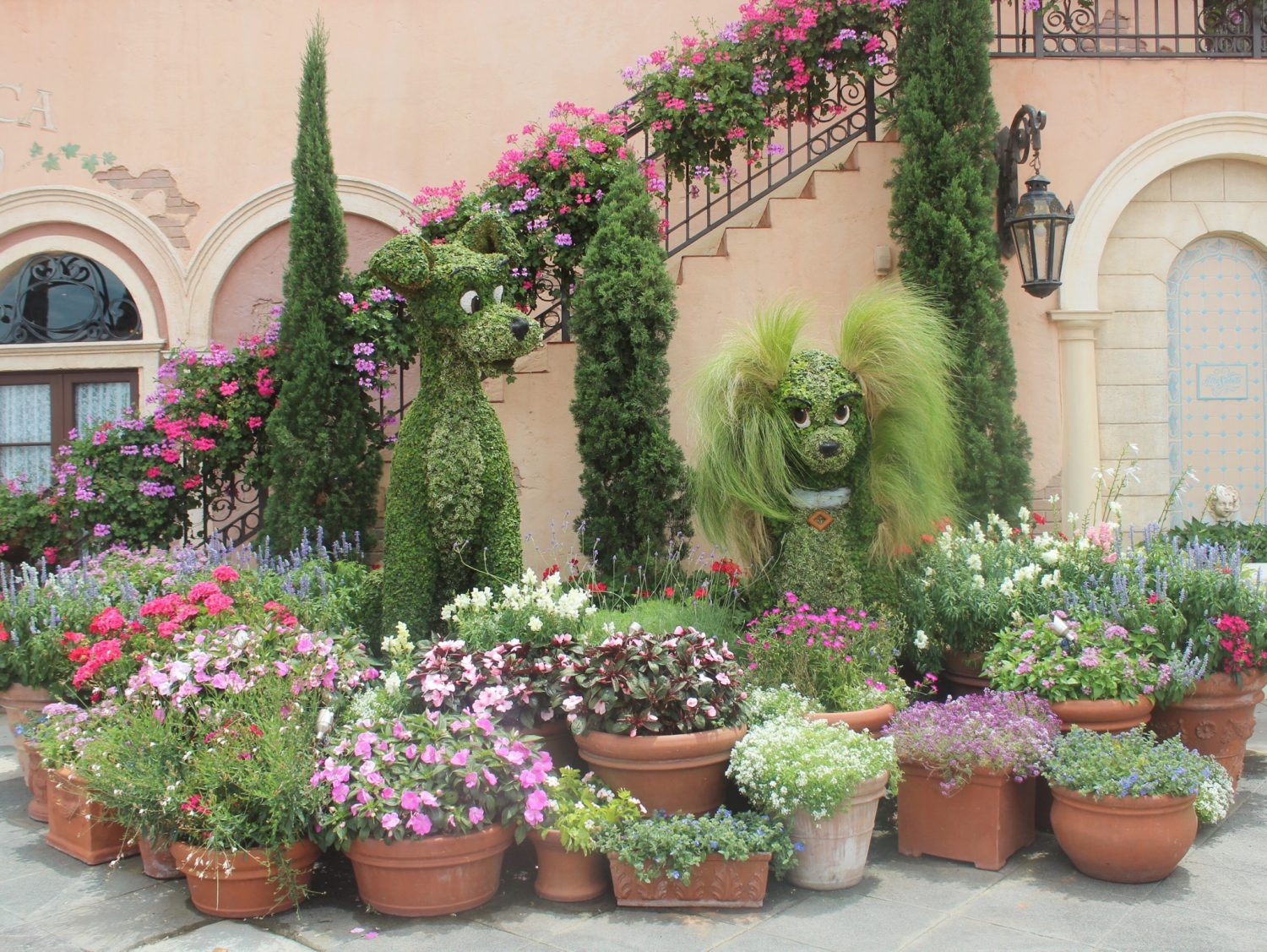 Epcot International Flower and Garden Festival Lady and the Tramp