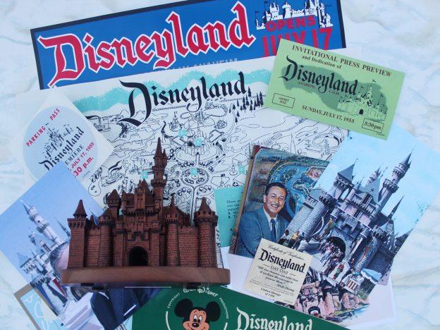 Disneyland Memorabilia Park Pack  copy 2