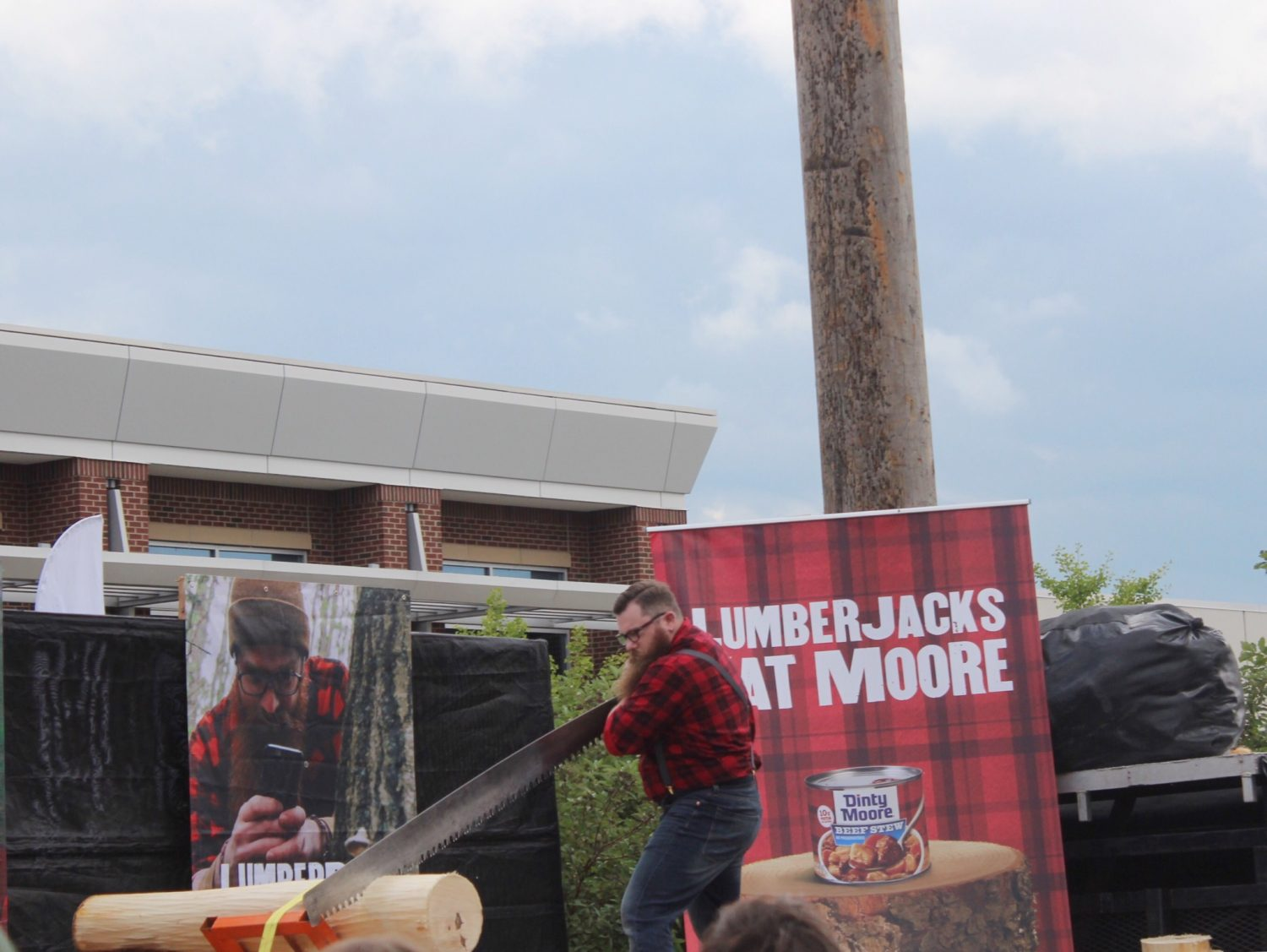 The Dinty Moore® brand's Lumbersexual to Lumberjack Competition