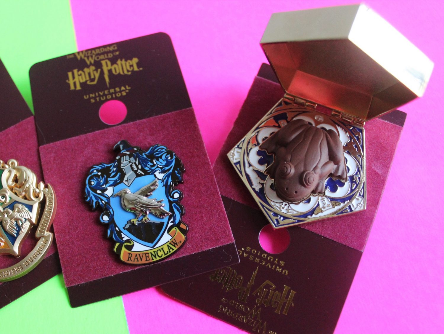 Wizarding World of Harry Potter Chocolate Frog Pin