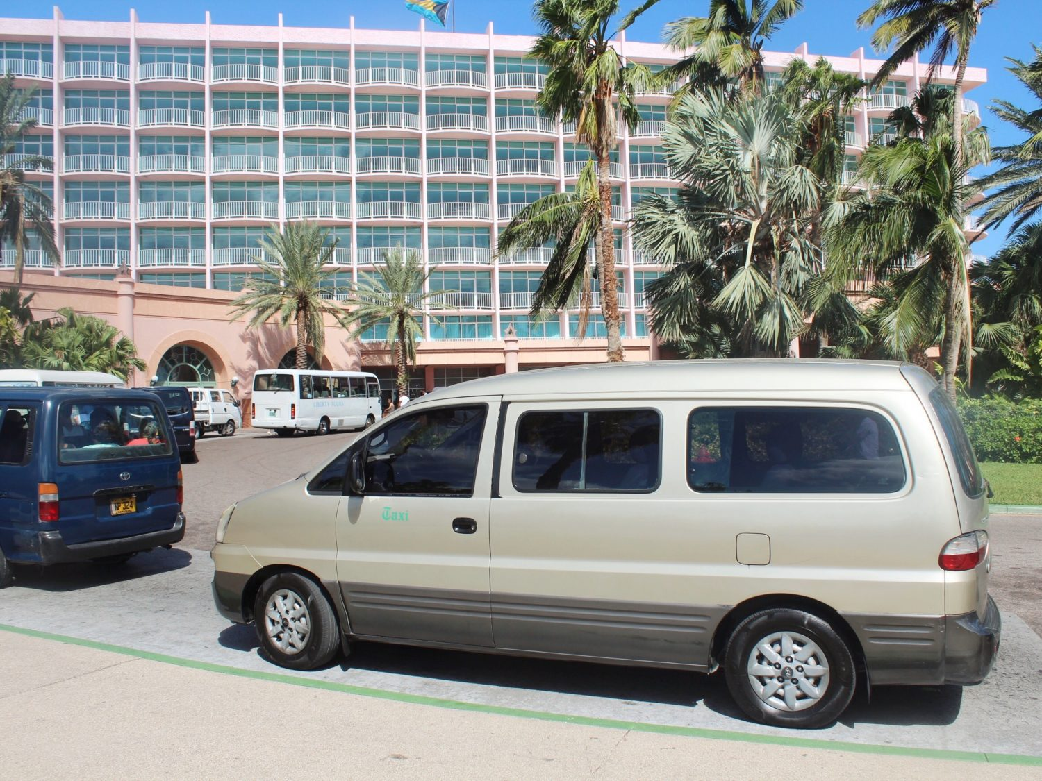 Atlantis Paradise Island Resort Taxis