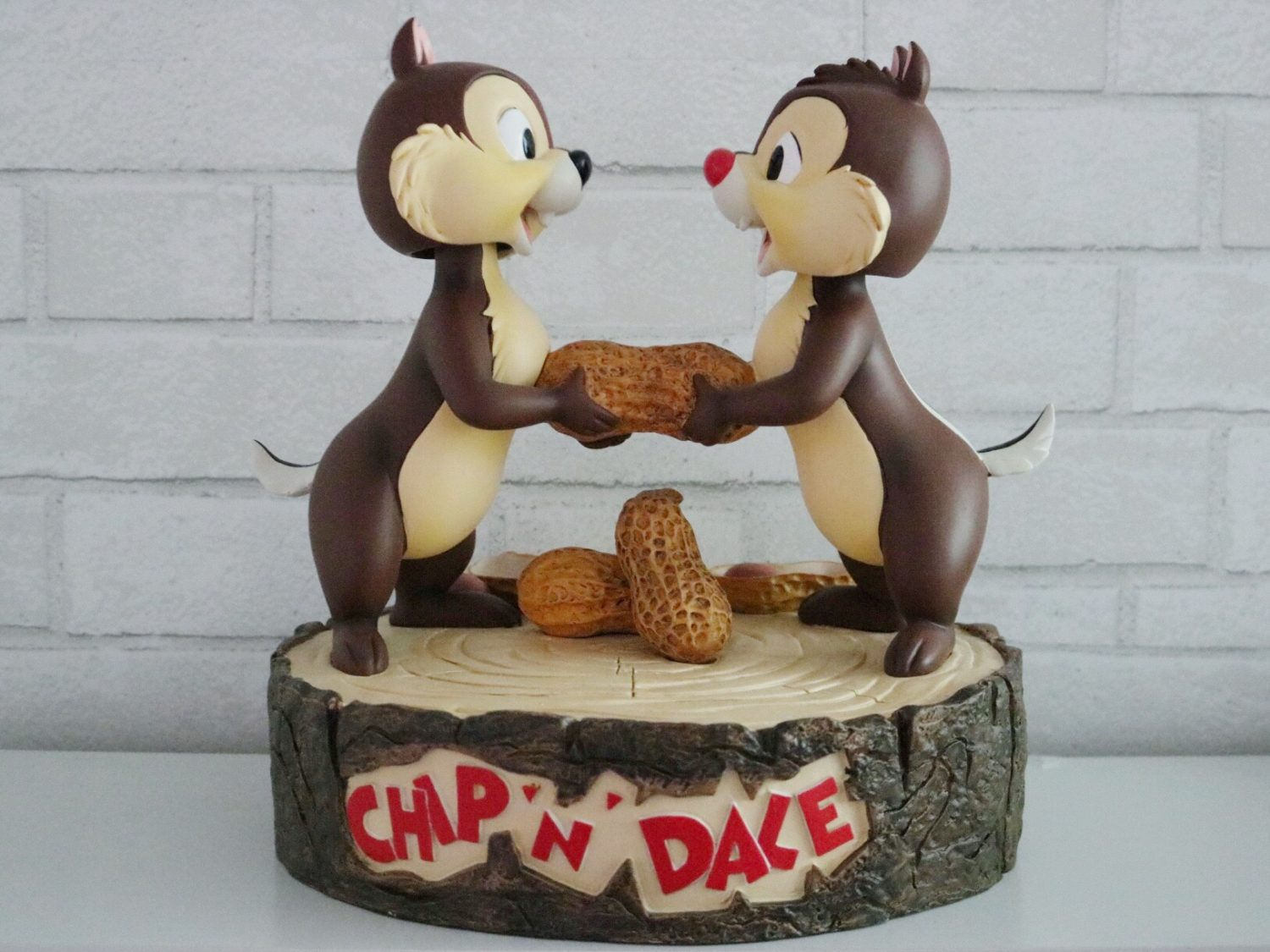 Disneyland Paris Chip 'n Dale Figurine