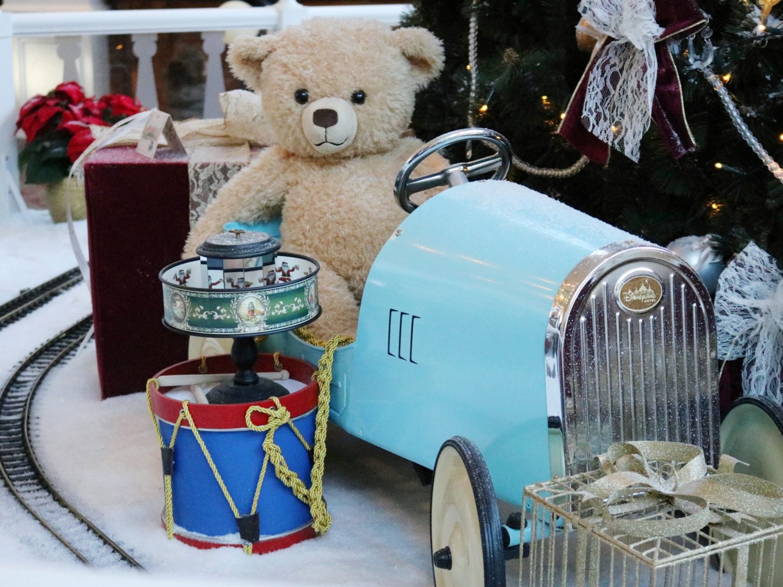Disneyland Hotel during Christmas