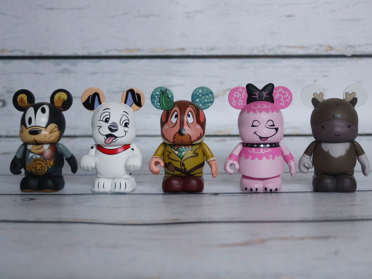Rare Disney Vinylmation Set