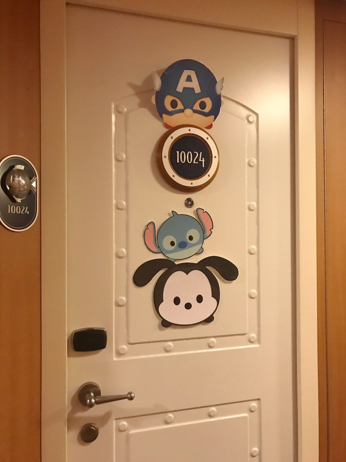 Ideas For Decorating Your Disney Cruise Line Stateroom Door