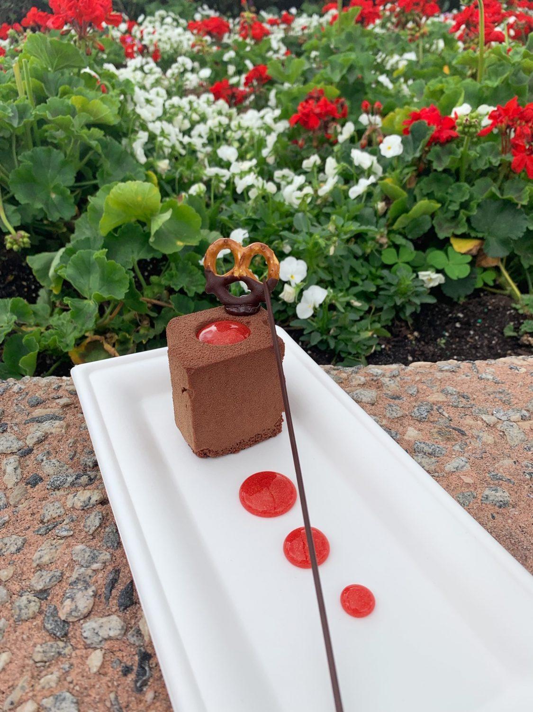 Epcot International Festival of the Arts Chocolate, Peanut Butter and Pretzel Crunch