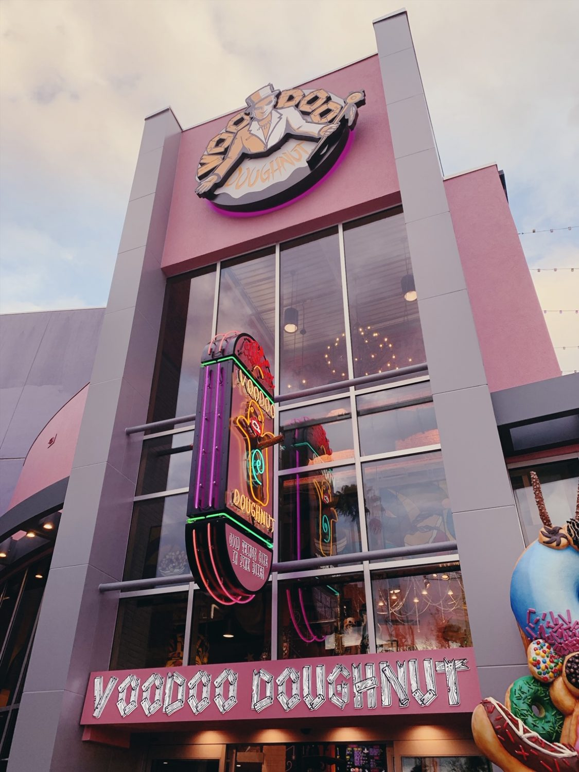 Voodoo Doughnut at Universal CityWalk in Orlando