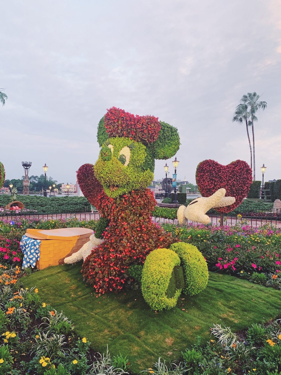 Epcot International Flower & Garden Festival Minnie Topiary