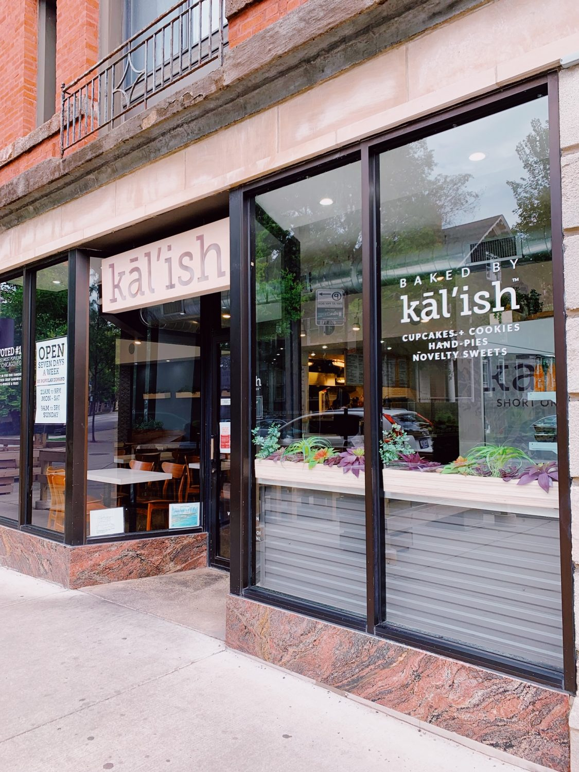 Kal'ish Vegan Restaurant in Chicago
