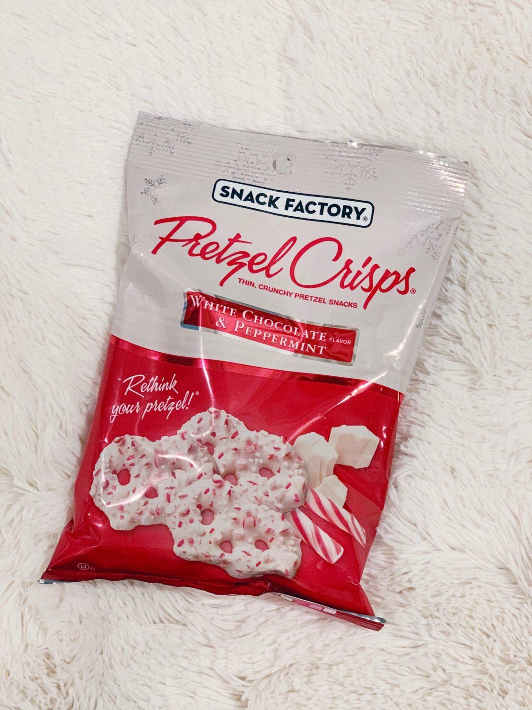 White Chocolate & Peppermint Pretzel Crisps