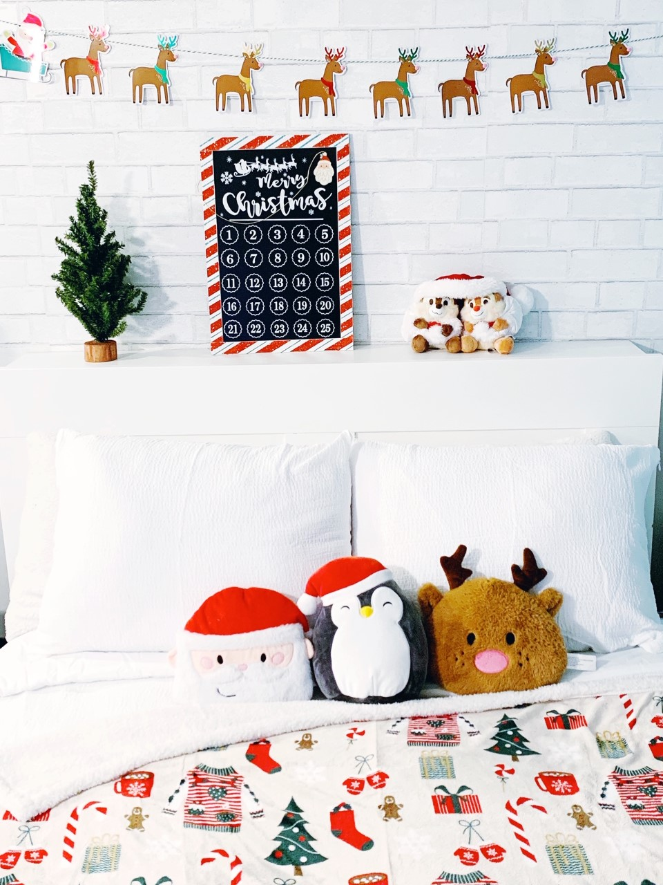 Cute Christmas Bedroom Decor / Festival Christmas Bedroom Decor