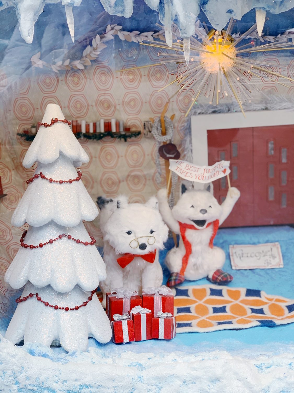 2019 Macy's Holiday Windows on State Street in Chicago