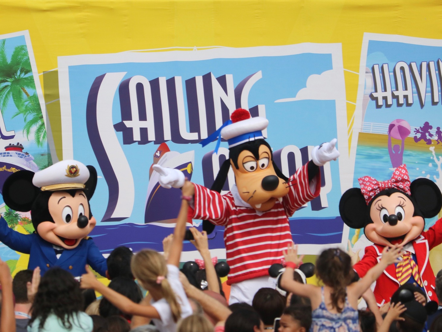 Disney Cruise Line: Sailing Away Deck Party on the Disney Dream